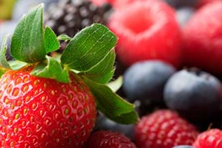 bowlful of berries makes an adrenal friendly snack